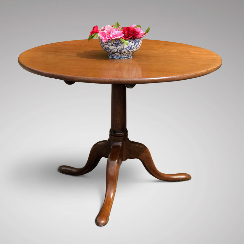 George III Mahogany Tilt Top Breakfast/Centre Table - Main View - 1