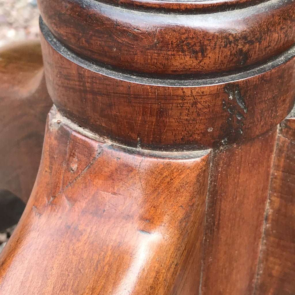 George III Mahogany Tilt Top Breakfast/Centre Table - Leg Detail View - 4