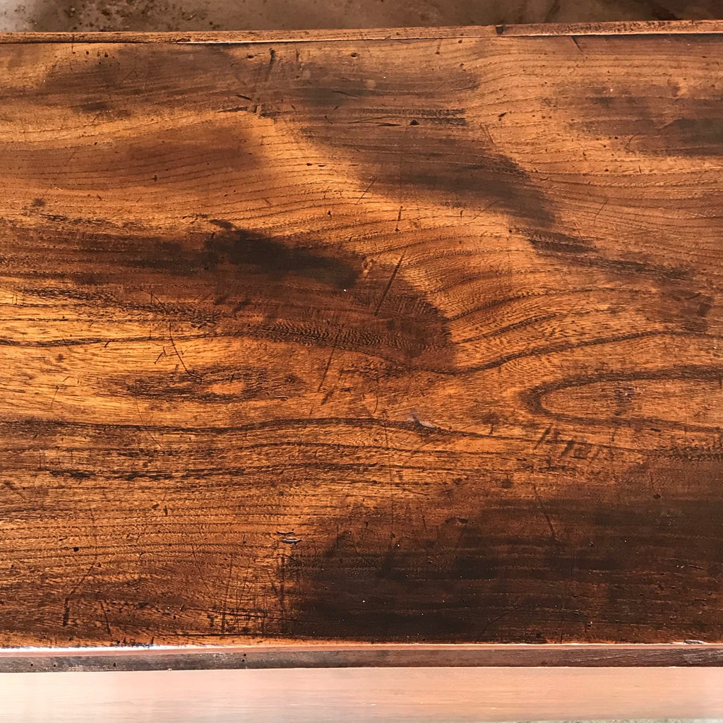 Early 19th Century Elm Blanket Box - Top Detail View - 8