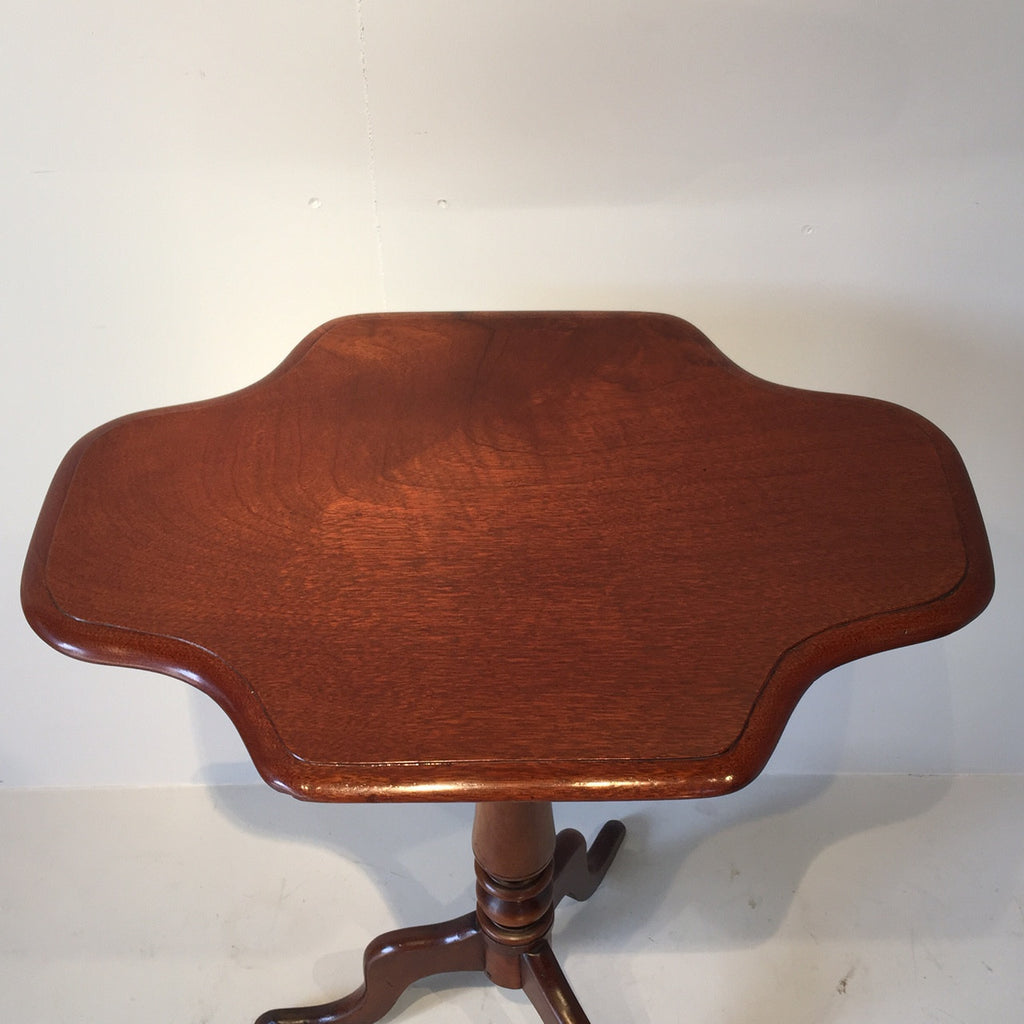 19th Century Mahogany Tilt Top Table - View of Top- 5