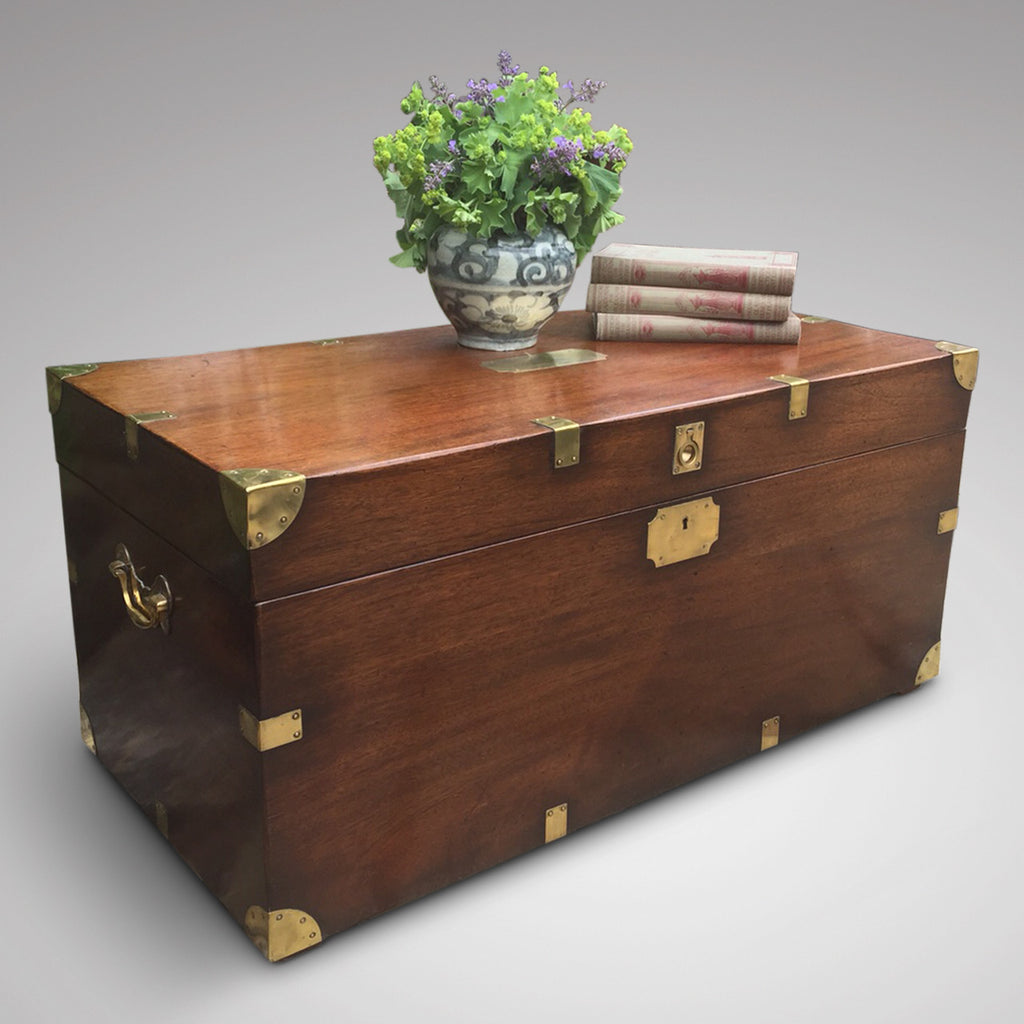 19th Century Mahogany Campaign Trunk - Front view 1