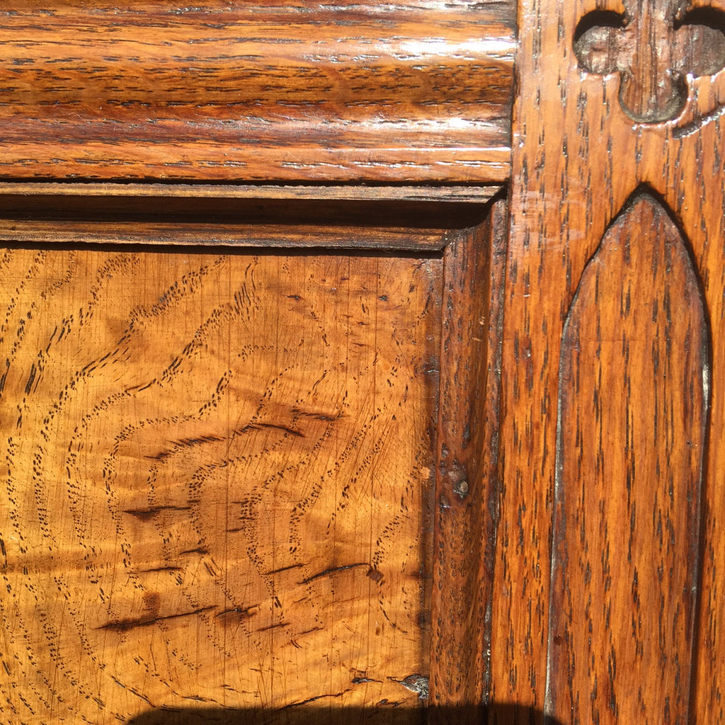 Pair of Oak Arts & Crafts Armchairs - Detail view of back - 5