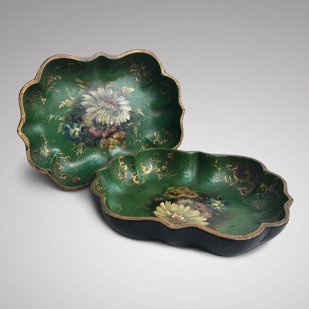 Pair of Victorian Green Papier Mache Dishes - Main View - 1