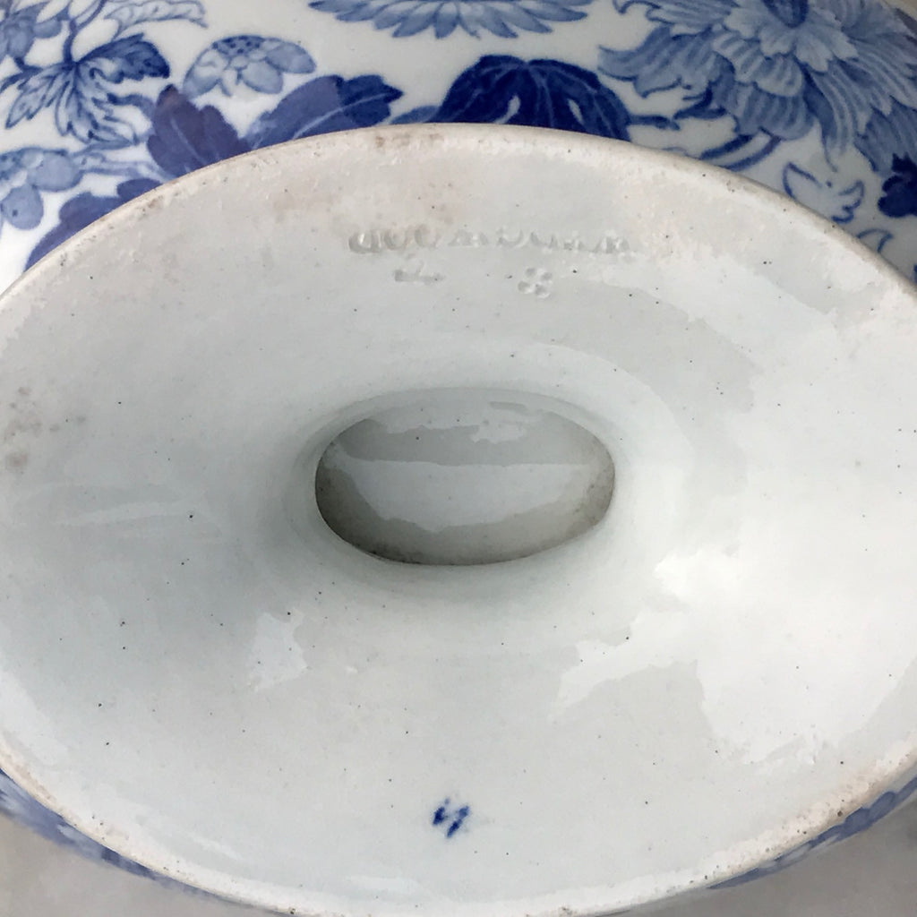 19th Century Wedgwood Sauce Tureen - Detail View of Imprest Mark - 10