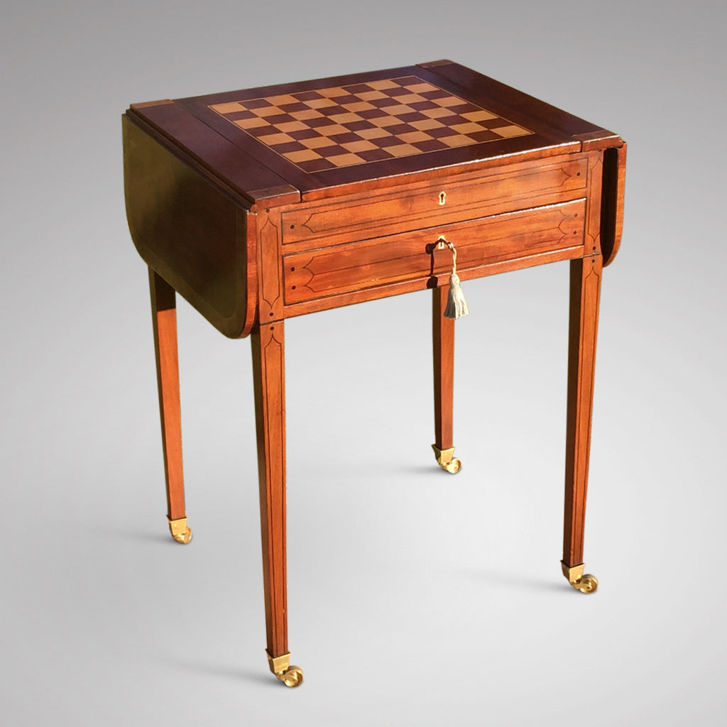 Regency Mahogany Games Table - Front & Side View with Chessboard - 5