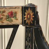 An Exceptional Pair of Regency Painted Chairs - Painted Detail - 4