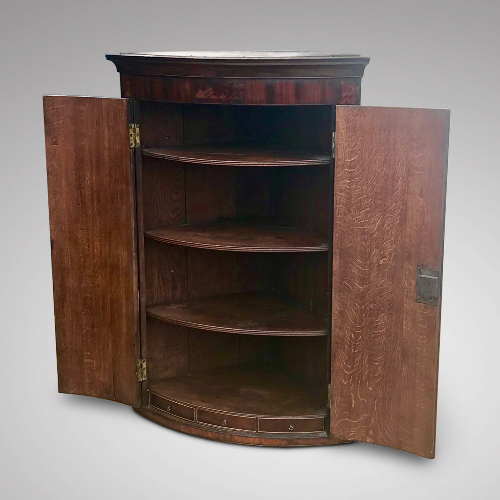 George III Bow Fronted Oak Corner Cupboard - Inside View - 2
