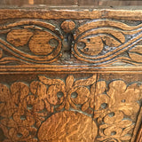 18th Century Welsh Carved Oak Coffer - Detail View - 5