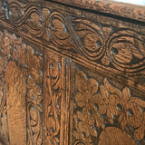 18th Century Welsh Carved Oak Coffer - Detail View - 6