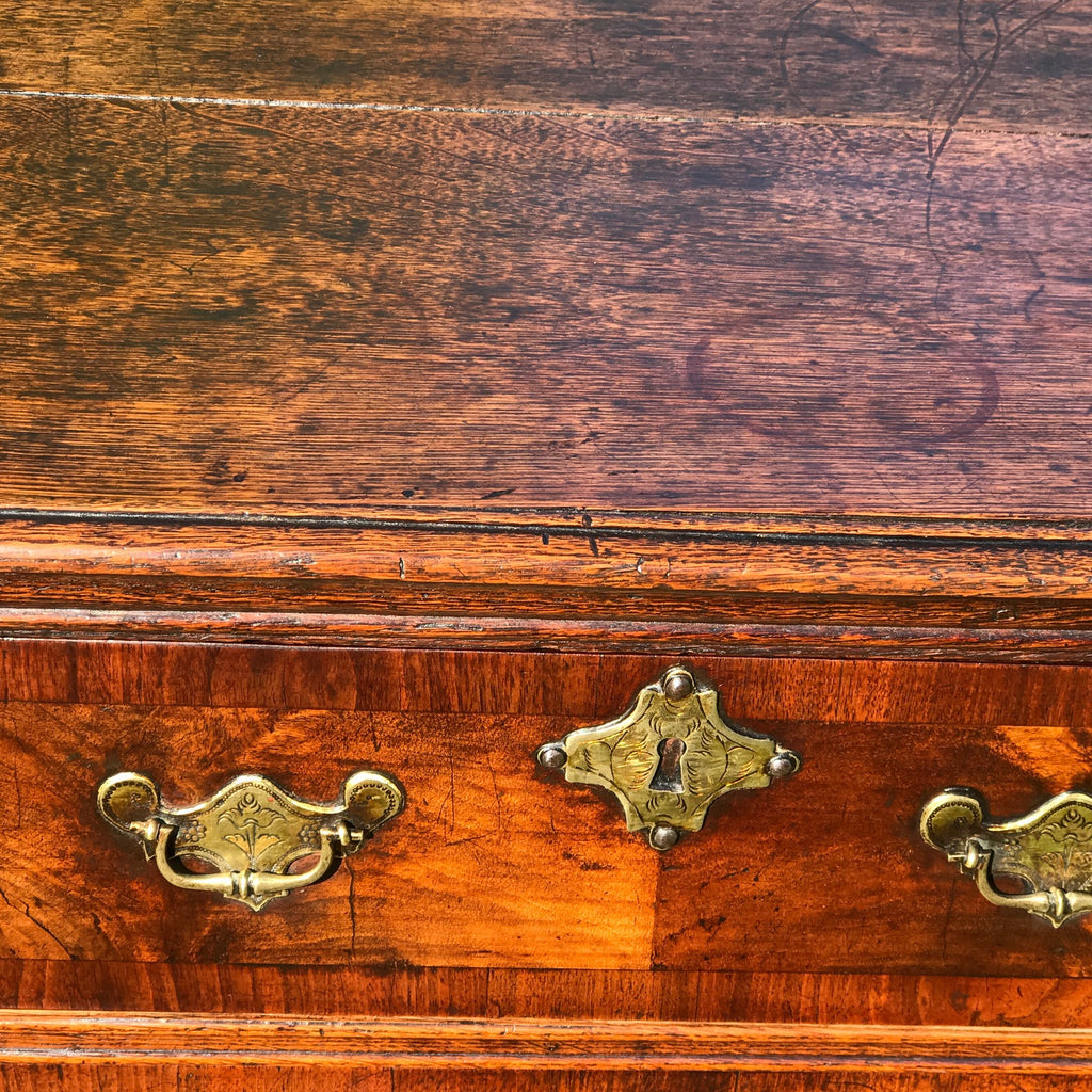 Early 18th Century Oak & Walnut Chest of Drawers - Top & Drawer Detail - 5