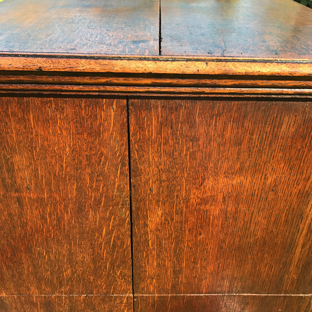 Early 18th Century Oak & Walnut Chest of Drawers - Side Detail View - 9