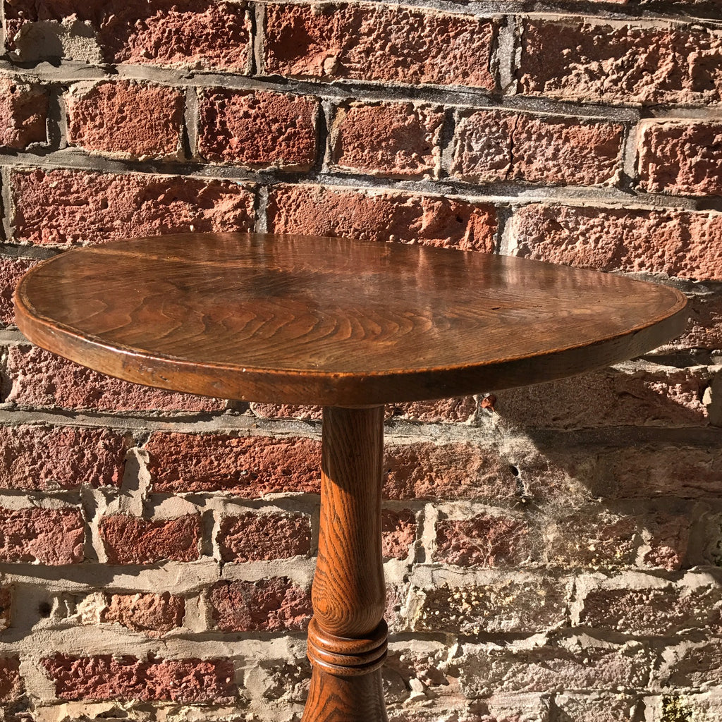 Early 19th Century Elm Pedestal Table