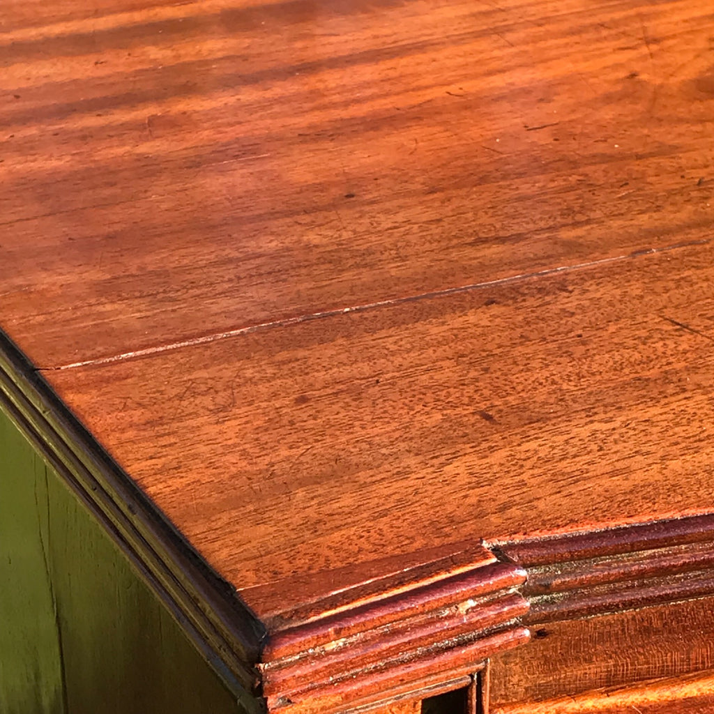 William IV Bow Front Mahogany & Burr Oak Chest of Drawers - Corner Detail View - 7
