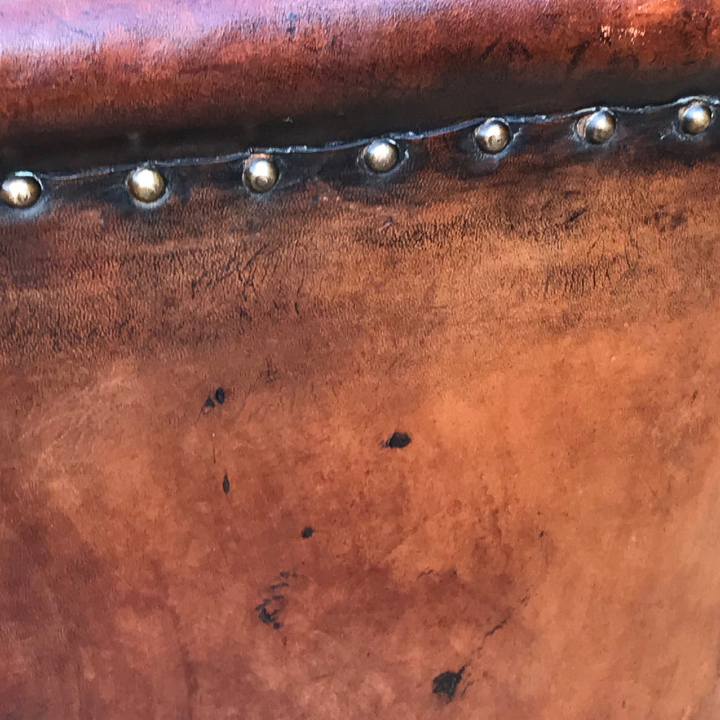 Early 20th Century Leather Armchair - Detail of Leather - 4