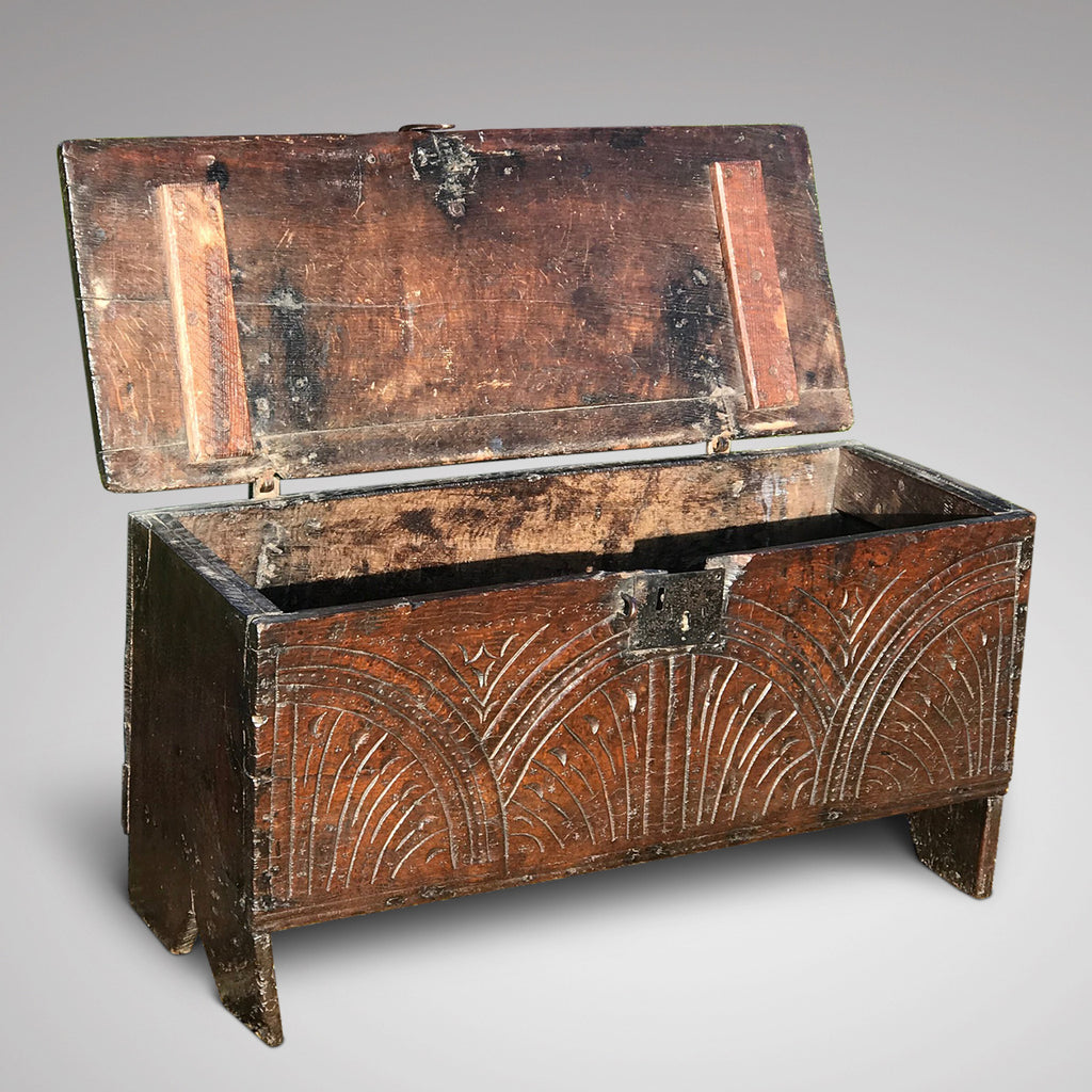 Small 17th Century Oak Coffer - Main View - 2
