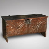Small 17th Century Oak Coffer - Main view - 1