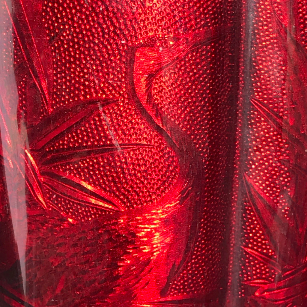 Large Pair of Japanese Red Enamel Vases - Detail of Pattern - 4