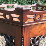 A Pair of Early 20th Century Mahogany Side Tables - Detail View - 4