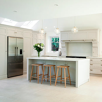 Cottage Kitchen in Leafy Surrey