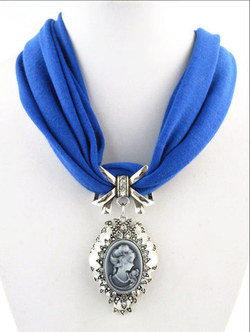 Fashion Beauty Rhinestone Cameo Lady Head Pendant Scarf Necklace Women