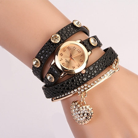 New Casual Luxury Heart Pendant Women Bracelet Wristwatches