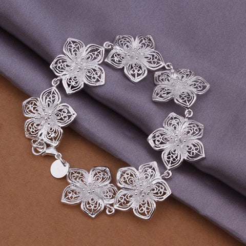 New Fashion Beautiful Flower Bracelet