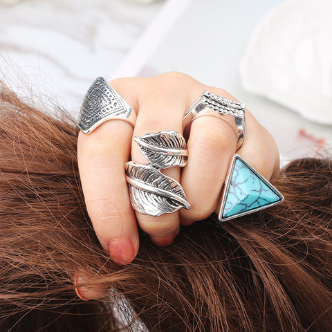 New Arrival Latest Fashion Vintage Style Carved 4 Piece Rings Set