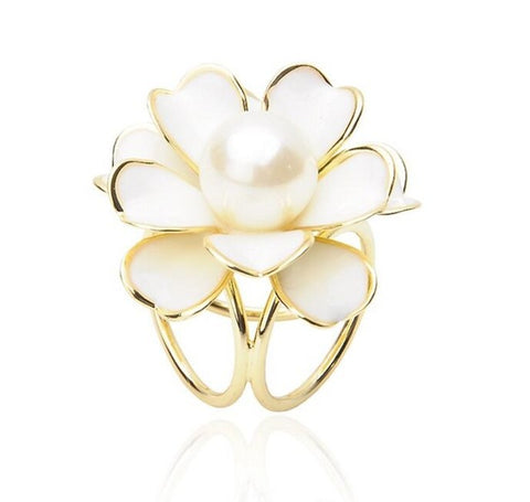 New Beautiful Pearl Scarf Holder Brooch