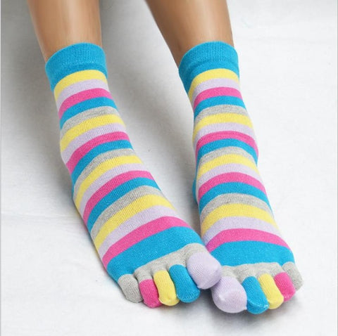 New Trendy Fashionable Happy Socks With Colorful Stripes And Toes