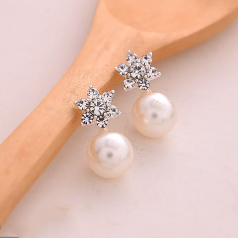 New Star Flower Pearl And Crystal Stud Earrings