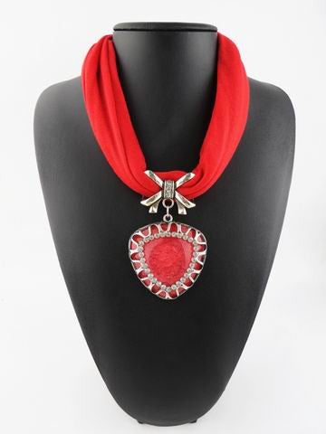 New Style Peach Heart Stone Pendent Scarf Necklace