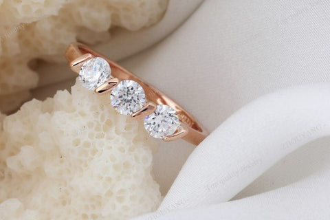 New High Quality Elegant Crystal Ring
