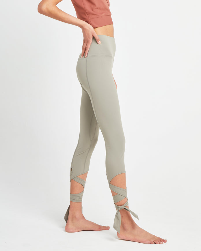 Live In Ribbon Legging
