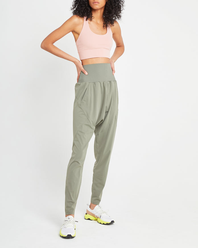 Live In High Waist Jogger