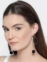 Long pom pom earring - ChicMela