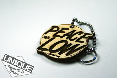 """Peace and Low"" Portachiave in legno, Wood Keyrings - Un1que Apparel & Gears"
