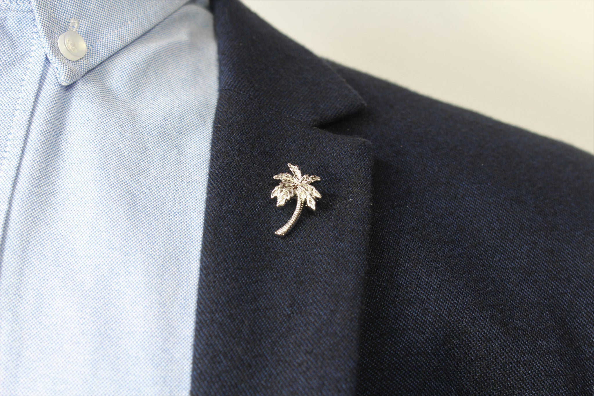 Palm Tree Lapel Pin - Stolen Riches / CA