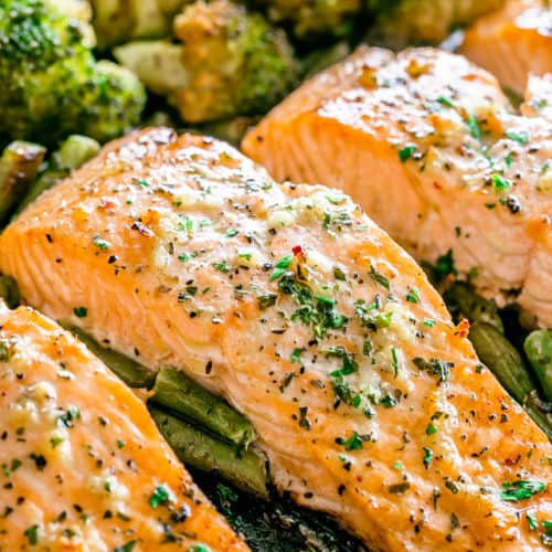 Roasted Salmon With Garlic Butter