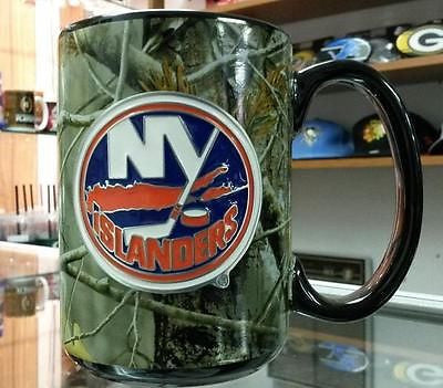 NHL New York Islanders 15oz RealTree Camouflage Coffee Mug with Team Logo