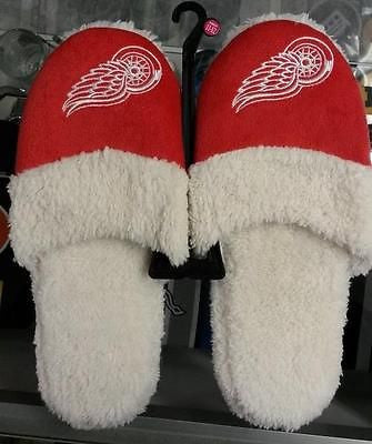 NHL Detroit Red Wings Women's 2014 Sherpa Slide Slipper - Hockey Cards Plus LLC  - 1