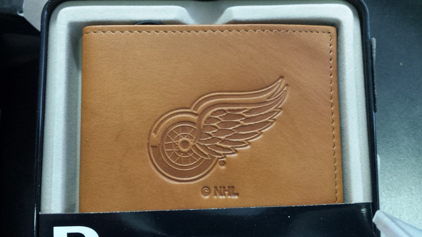 NHL Detroit Red Wings Embossed Billfold / Wallet