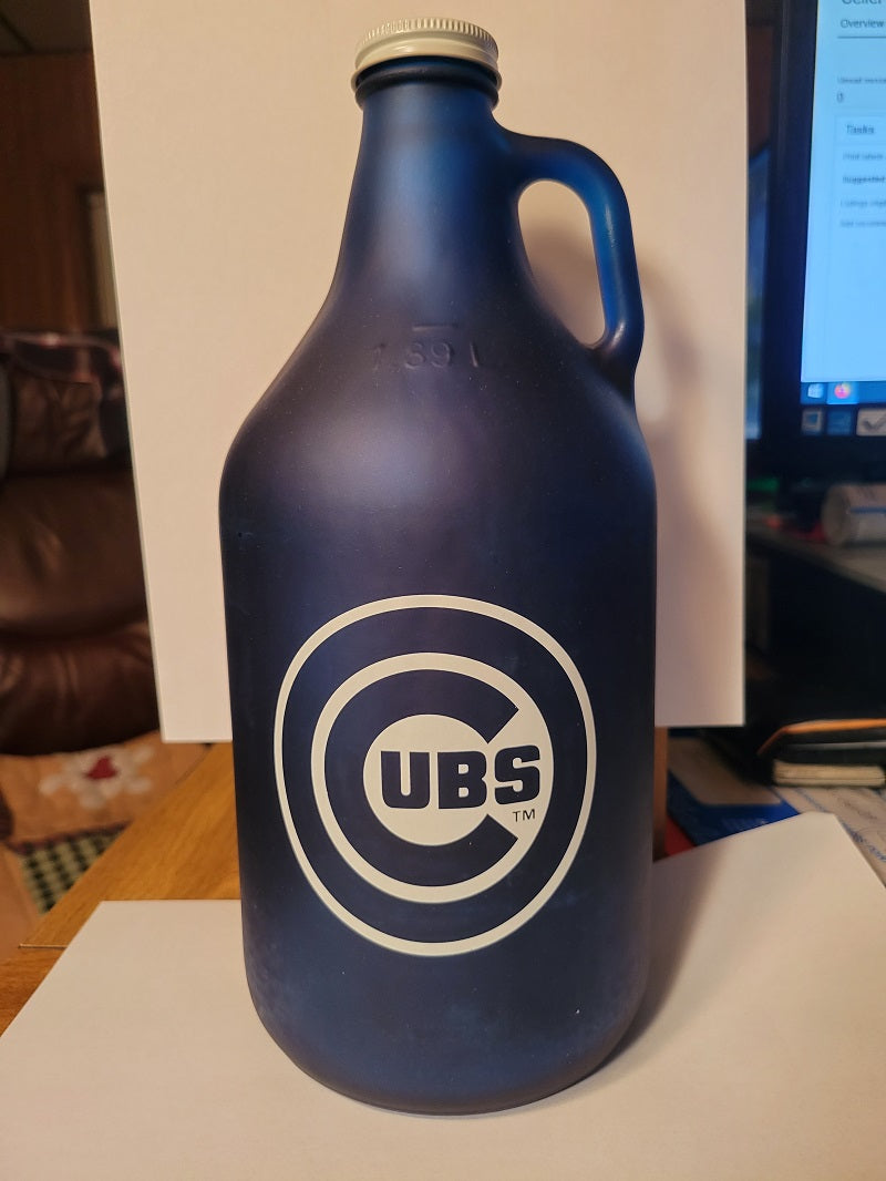 MLB Chicago Cubs 64oz Color Frosted Collectible Growler with Team Logo