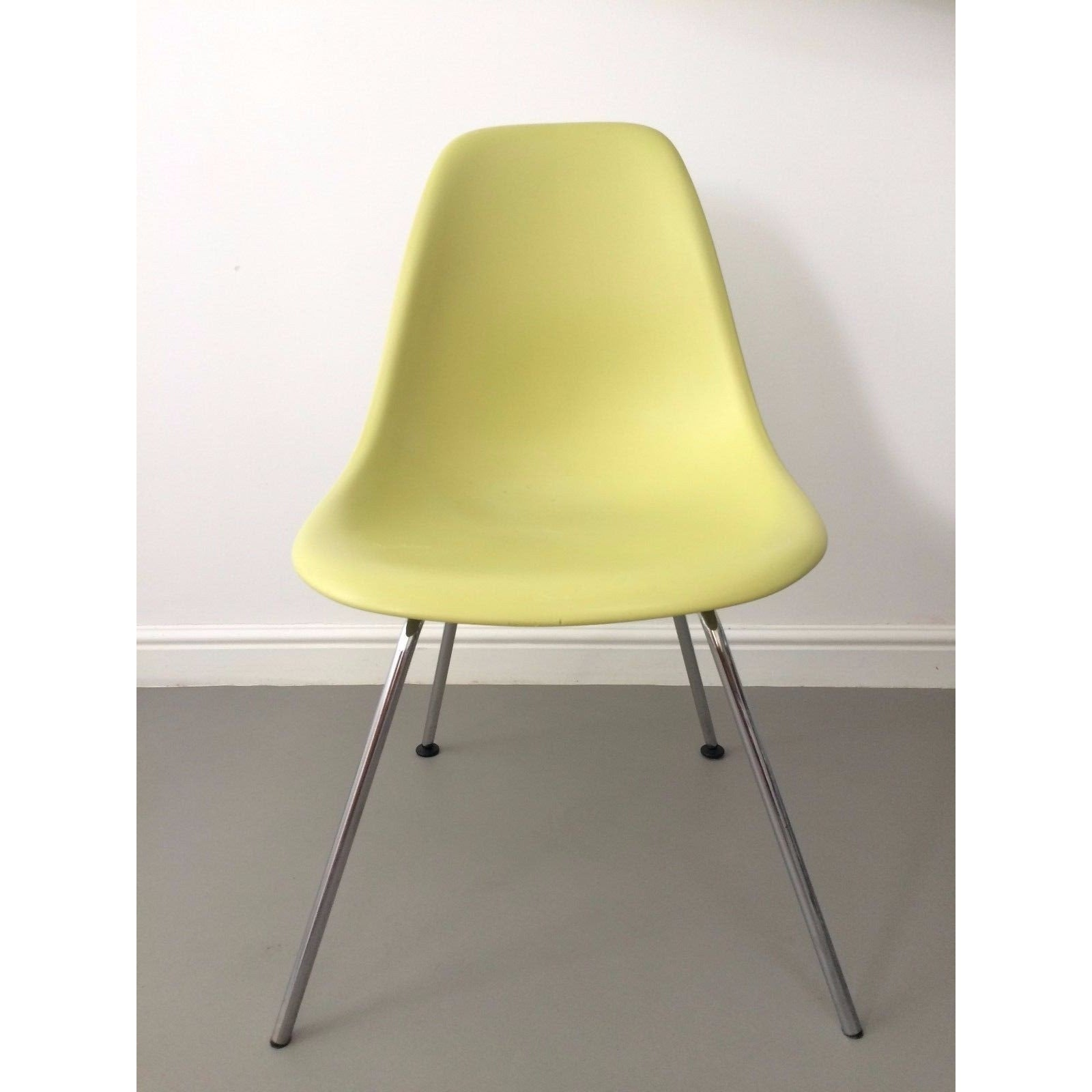 Eames Chair Second Hand Household Furniture For Sale In