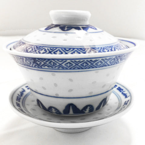 Blue and white traditional porcelain gaiwan