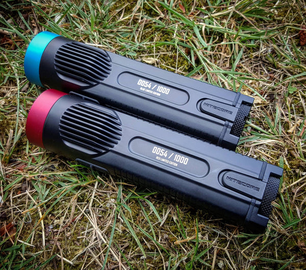 Nitecore EC4GTvn Red & Blue Limited Edition