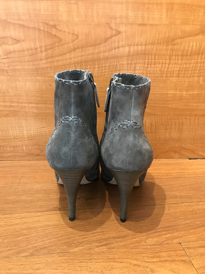 Manolo Blahnik Heeled Booties Size 5