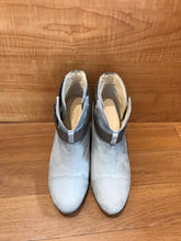 Load image into Gallery viewer, Rag & Bone Booties Size 6.5