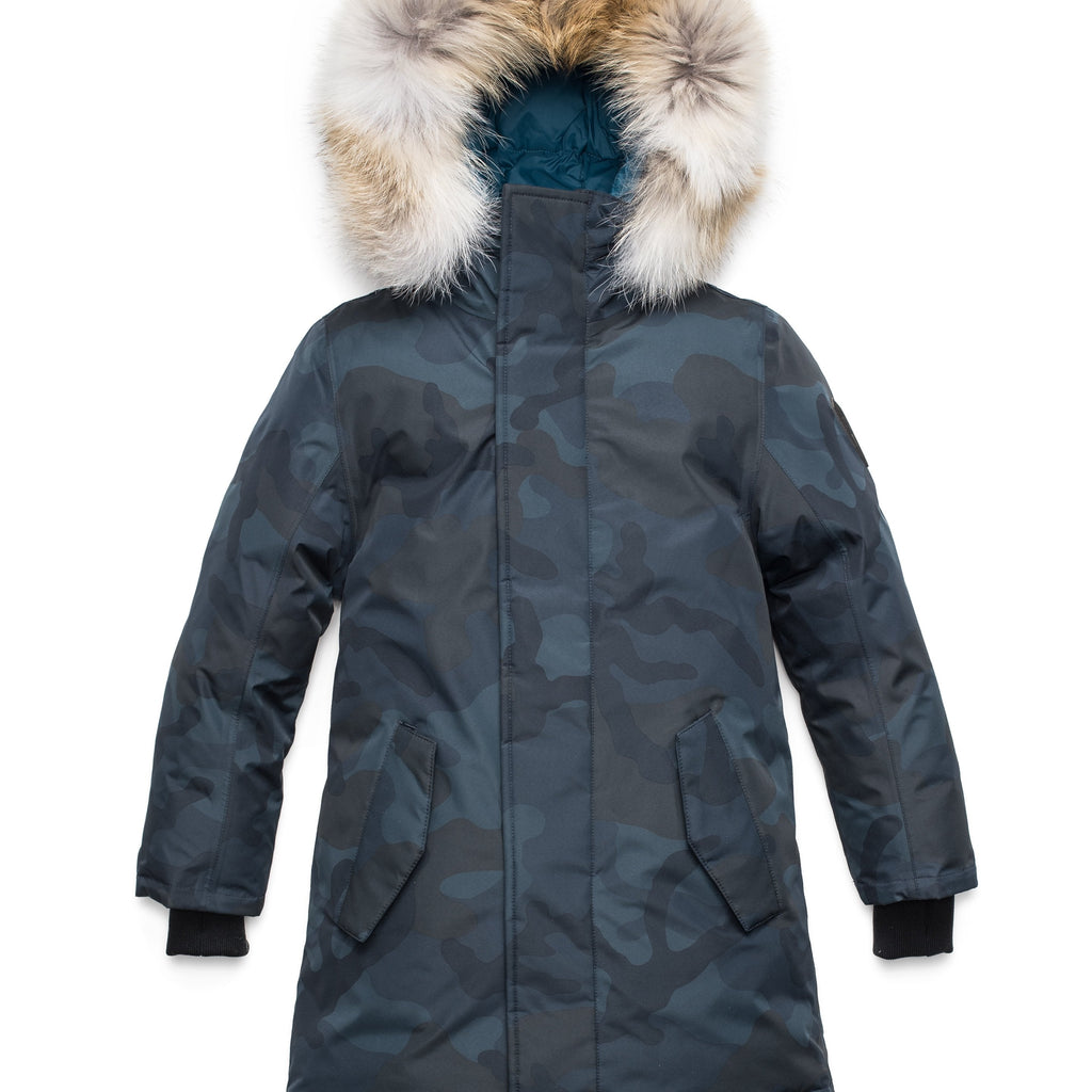 Kids' thigh length down-filled parka with non-removable hood and removable coyote fur trim in Navy Camo