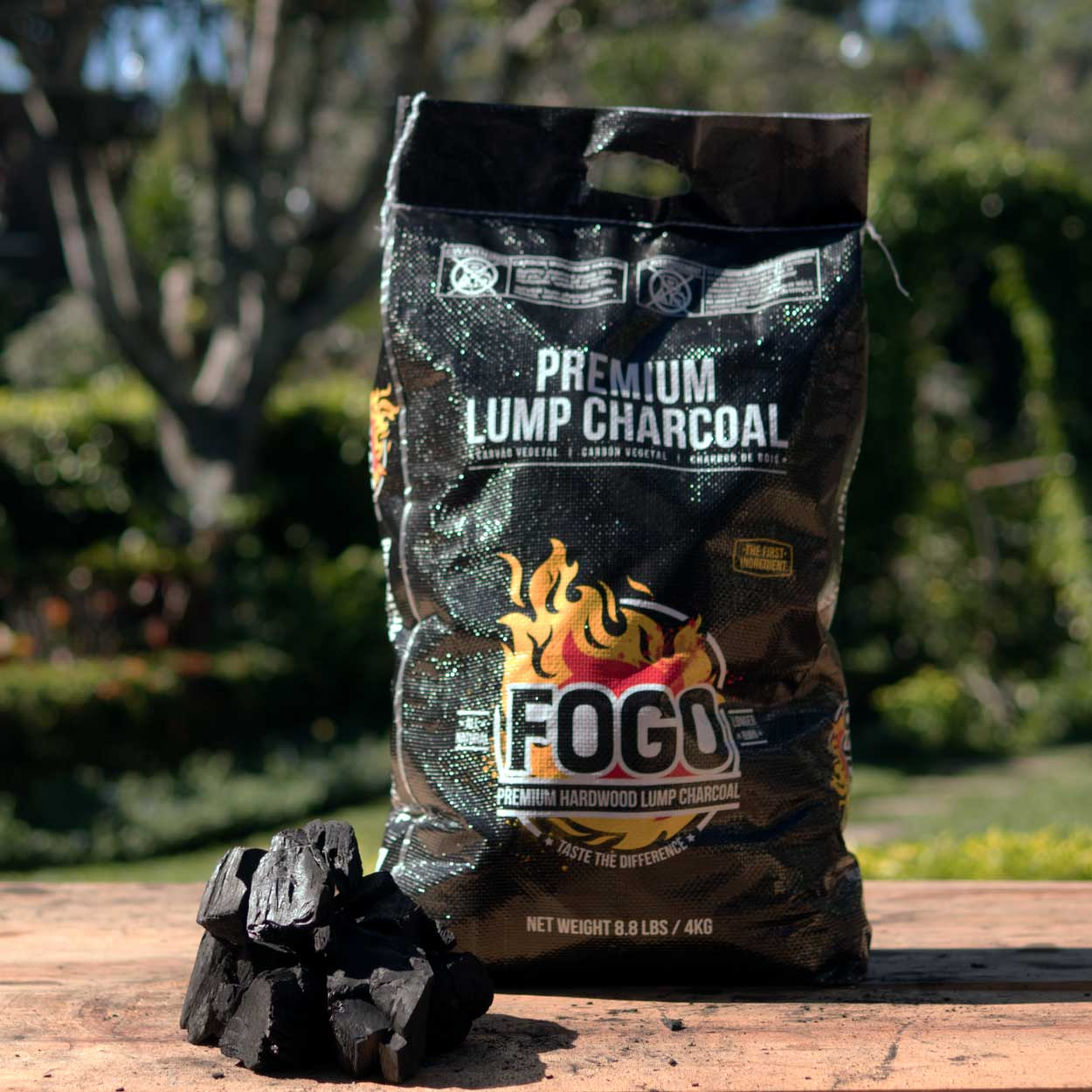 Fogo 8.8-pound Hardwood Lump Charcoal Black Bag