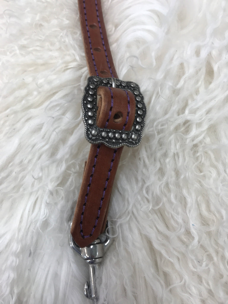 Wither strap medium with purple and berry cart buckle